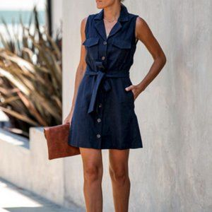 Navy blue sleevesless pocketed utility dress